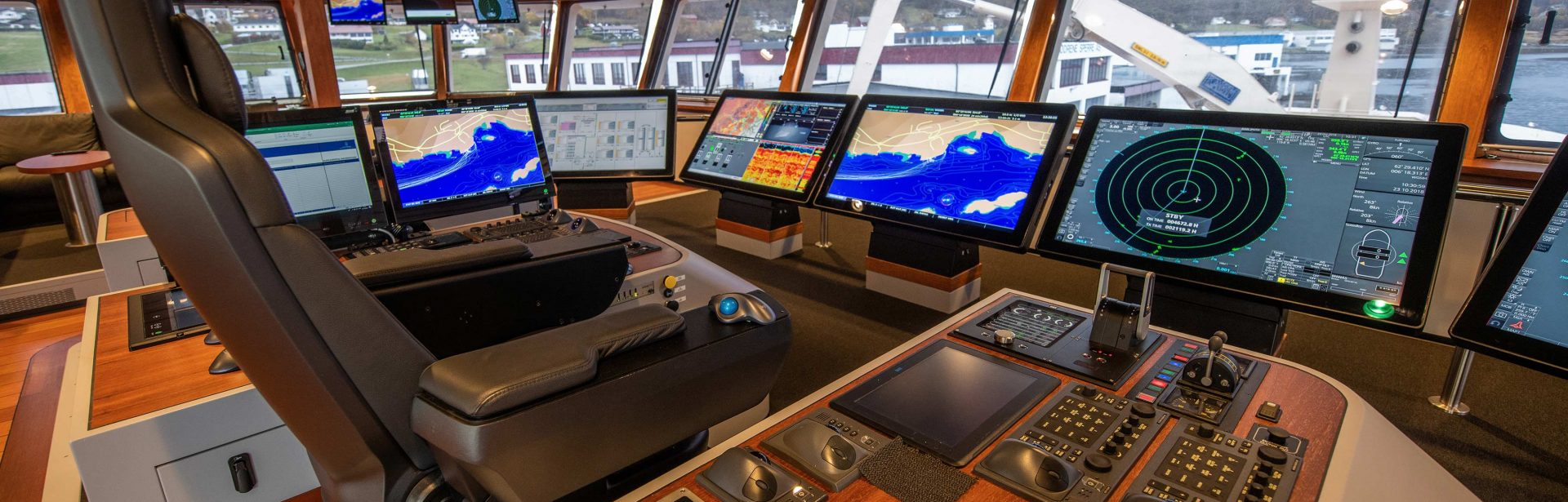 Elpro Maritime Consoles